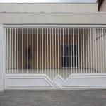 portao_eletronico_em_metalon_com_detalhe_em_chapa_codigo_amc10