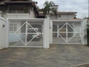 SERRALHERIA CAMPINAS - Portão basculante metalon com desenho